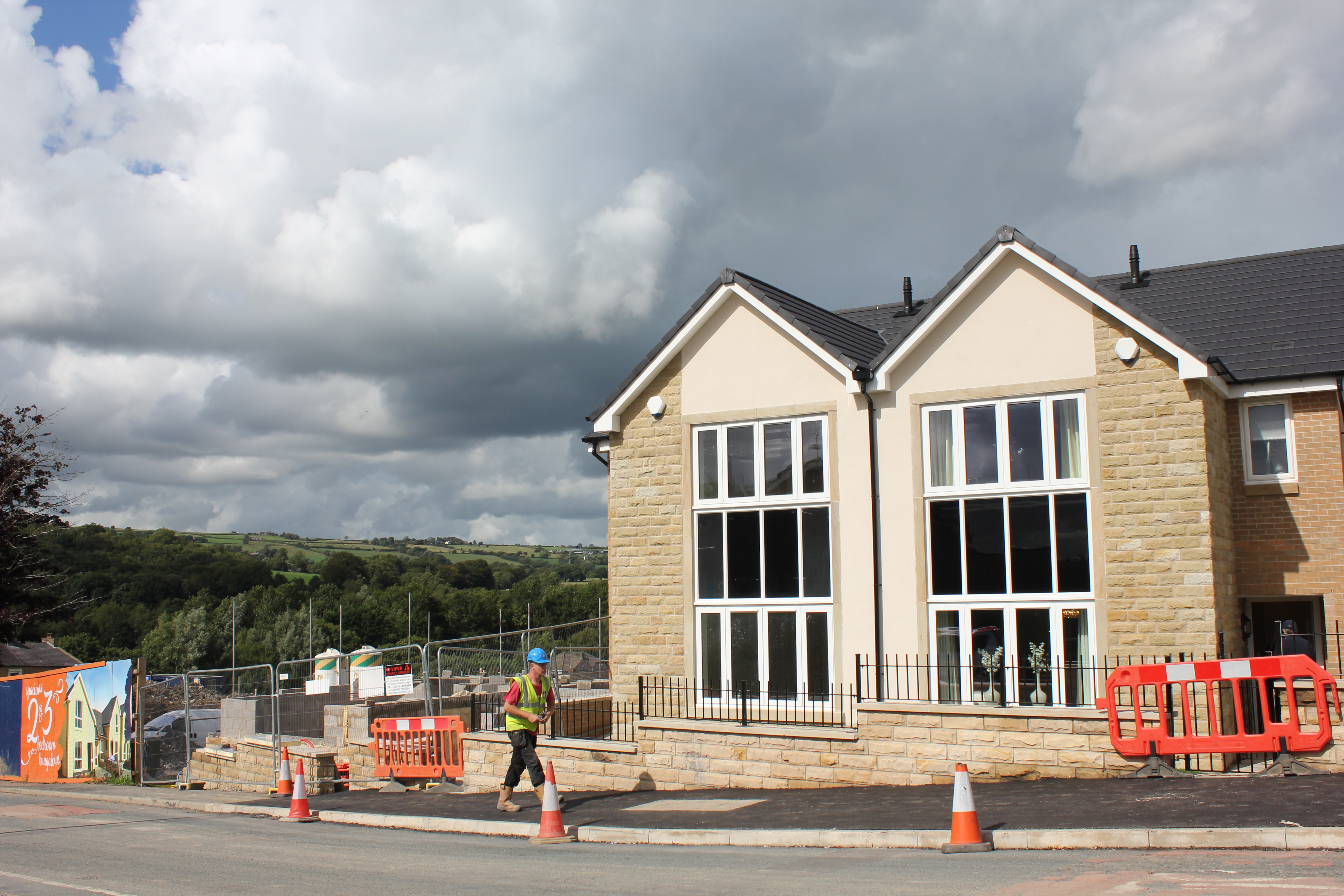 What a location! Foxhills development goes on show in Pendle