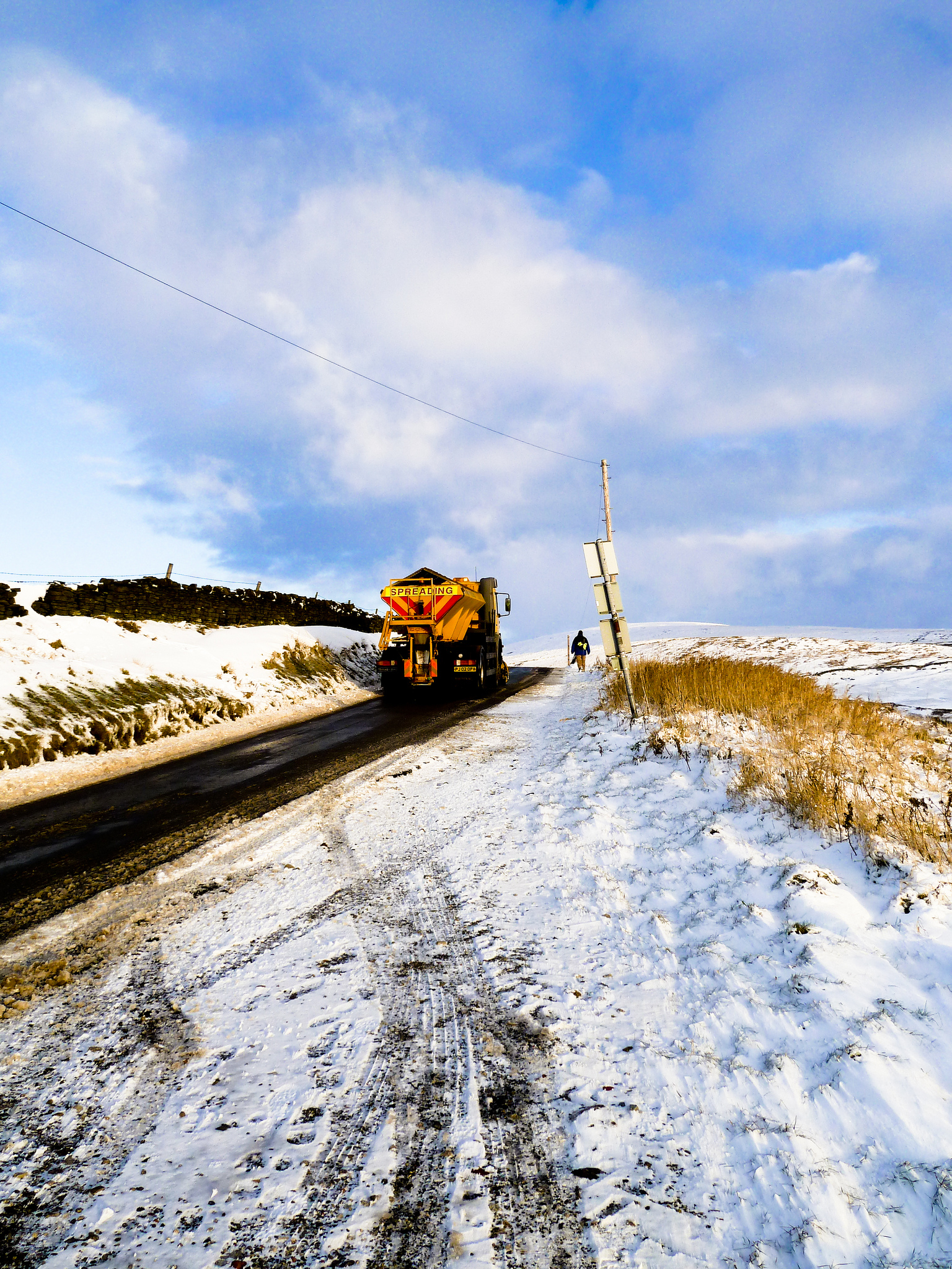 Winter's here!  Bad weather advice for Pendle residents